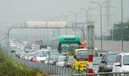 Ùn tắc dài cả 1 km trên cao tốc Hà Nội - Ninh Bình khi người dân trở lại Thủ đô