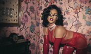 Rihanna táo bạo với nội y xuyên thấu