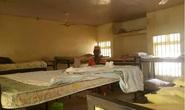 Đang ngủ trong đêm, hơn 300 nữ sinh bị bắt cóc ở Nigeria