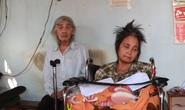 Bạn đọc Báo Người Lao Động hỗ trợ 32 triệu đồng cho người phụ nữ có chồng và con liệt giường