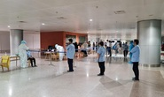 Xét nghiệm 4 mẫu gộp ở sân bay Tân Sơn Nhất: 4 trường hợp nghi nhiễm SARS-CoV-2
