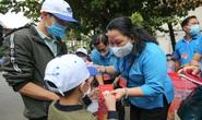 Chuyến tàu mùa Xuân đưa 500 gia đình công nhân về quê đón Tết