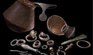 Đôi nam nữ trong mộ cổ đầy châu báu: bí ẩn nữ vương 3.700 tuổi