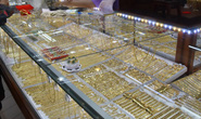 Giá vàng hôm nay 17-3: Vàng trong nước rớt nhẹ