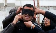 Iran treo cổ 4 tên cưỡng hiếp phụ nữ trước mặt chồng nạn nhân