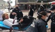 Mỹ: Vô cớ đánh bà cụ 76 tuổi, gã đàn ông nhận cái kết đắng