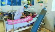 Thổi kẹo bong bóng, 3 học sinh nhập viện vì ngộ độc