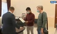 Du học sinh Việt giúp cứu 2 bé trai người Nga bị rơi xuống sông