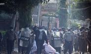 Myanmar: Hơn 600 cảnh sát biểu tình phản đối quân đội