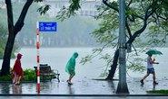 Bảo đảm an toàn cho dân về quê khi mưa bão