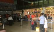 Hành khách chờ mòn mỏi ở sân bay Tân Sơn Nhất để về Đà Nẵng