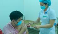 Quảng Nam yêu cầu tiêm vắc-xin cả ngày lẫn đêm, huyện nào chậm sẽ bị xử lý
