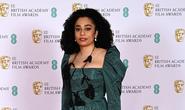 Những bộ đầm thảm họa tại thảm đỏ Oscar nước Anh BAFTA 2021