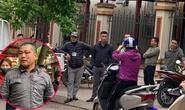 Người đàn ông bán rau bị nhóm cán bộ trật tự đô thị hành hung