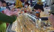 Giá vàng hôm nay 16-4: Vàng SJC và trang sức cùng tăng mạnh