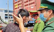 Toàn cảnh CSGT cùng cảnh sát hình sự, ma túy chốt chặn ở  cảng Phú Hữu