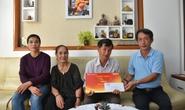 Mai Vàng nhân ái thăm nhà văn, nhà nghiên cứu Phan Chính