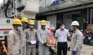 EVNHCMC tặng quà và tổ chức bữa ăn công trường cho công nhân ngành điện
