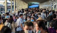 CLIP: Hàng ngàn người dân về quê dịp nghỉ lễ, các bến xe đông nghẹt