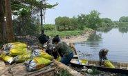 Cơn mưa ngang qua TP HCM, hàng chục tấn cá chết