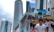 Nhức đầu với vụ tòa nhà chọc trời ở Trung Quốc bỗng nhiên rung lắc