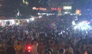 CLIP: Biển người đổ về Đà Lạt nghỉ lễ, Lâm Đồng ra công điện hỏa tốc