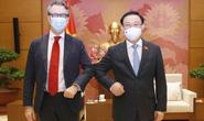 Chủ tịch Quốc hội đề nghị EU chia sẻ bản quyền sản xuất vắc-xin phòng Covid-19
