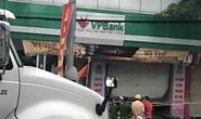 CLIP: Cháy lớn tại trụ sở chi nhánh ngân hàng