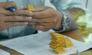 Giá vàng hôm nay 12-6: Giảm mạnh, USD đột ngột tăng giá