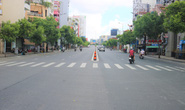TP HCM ngày đầu cấm chợ tự phát, giao thông công cộng