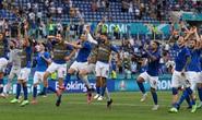 Soi kèo trận Ý – Áo: Khó cản đội bóng áo thiên thanh