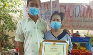 Chủ tịch UBND TP Cần Thơ tặng bằng khen cho người phụ nữ mở chợ 0 đồng