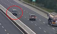 Nữ tài xế chạy ngược chiều trên cao tốc có tốc độ tối đa 100 km/h