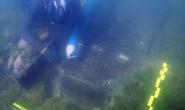 Tàu ma 130 mét xuất hiện đầy vô lý giữa bãi lầy, nguyên vẹn sau 260 năm
