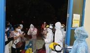 Huế ra Quảng Trị đón những người trở về từ TP HCM bằng tàu lửa