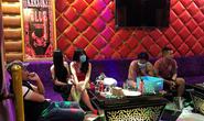 18 nam nữ ở Quảng Nam hát, chơi ma túy trong quán karaoke đóng kín cửa