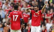 Song sát Pogba - Fernandes lập kỷ lục, Man United thắng 5 sao ngày ra quân