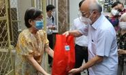 TP HCM: Công nhân, sinh viên, người khó khăn được hỗ trợ chỗ trọ, thực phẩm, tiền mặt...