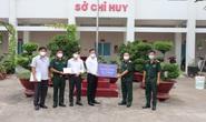 Chánh Văn phòng Thành ủy TP HCM thăm, tặng quà ở Bình Tân