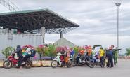 Đi xe máy hơn 1.200 km về quê, 2 người dương tính SARS-CoV-2