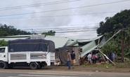 Bình Phước: Xe tải tông sập chốt kiểm soát dịch Covid-19, 1 đại úy công an và tài xế bị thương