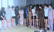 13 cô gái trẻ cùng 9 người đàn ông bay lắc ma túy trong quán karaoke lúc dịch Covid-19