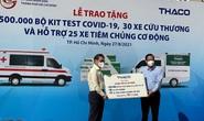 Thaco tặng TP HCM 55 xe cứu thương, xe tiêm chủng cùng 500.000 bộ kit xét nghiệm