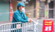 Người đàn ông sốt, đau họng đi xét nghiệm dương tính SARS-CoV-2