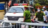 Công an, quân đội kiểm tra xe công vụ, xe cứu thương, xe luồng xanh ở Hà Nội