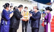 Chủ tịch nước Nguyễn Xuân Phúc tới Vientiane, bắt đầu thăm chính thức CHDCND Lào