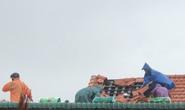 Bão số 5 chưa đổ bộ, nhiều nhà ở Thừa Thiên - Huế đã tốc mái