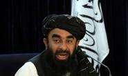 Lộ clip quay lại cảnh Taliban chặt đầu binh sĩ Afghanistan