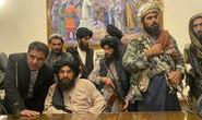 Phó thủ tướng của Taliban bỏ chạy sau cuộc ẩu đả trong dinh tổng thống?