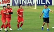Xoay tua đội tuyển ở AFF Cup